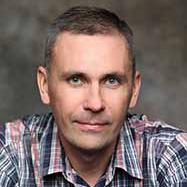 Преподаватель Николай Хорьков